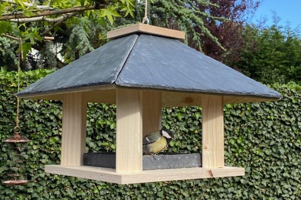 vogelhaus_im_sommer_blog_gartenetage